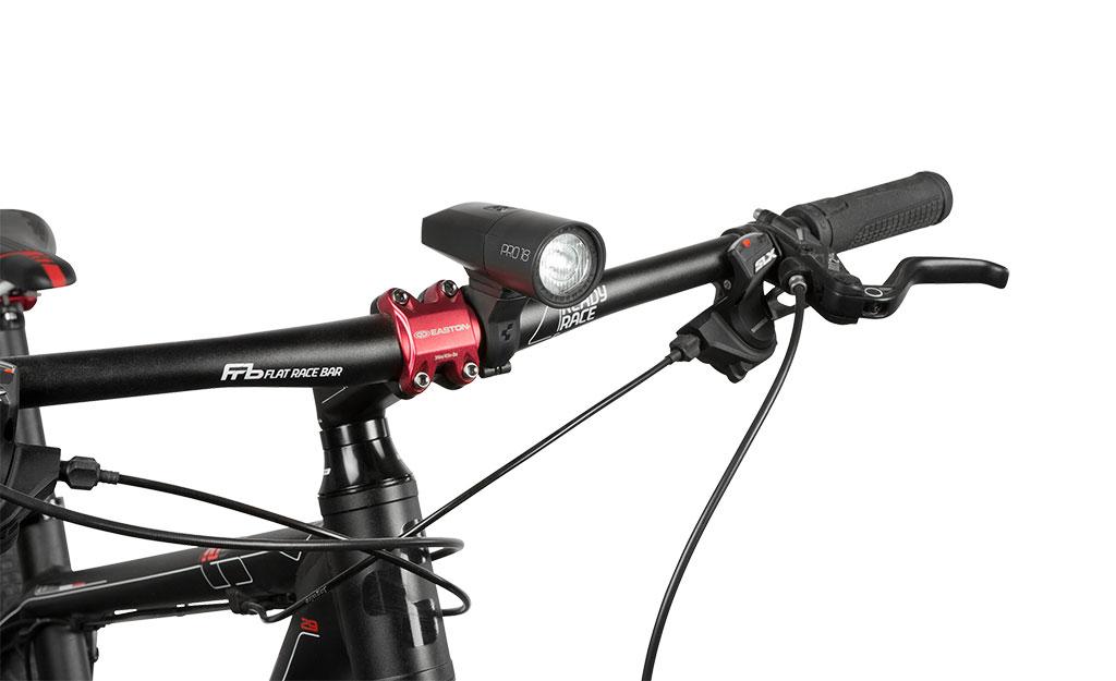 przednia-lampka-rowerowa